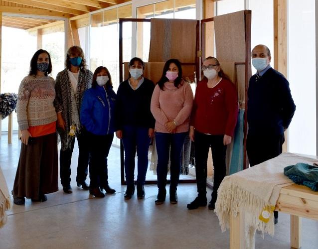 Rector de Santo Tomás Talca-Curicó visitó Centro de Extensión e Interpretación Textil en O'Higgins
